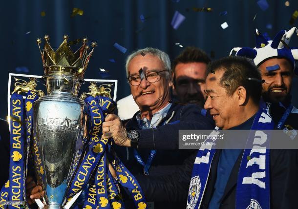 Claudio Ranieri junto a Vichai Srivaddhanaprabha durante la celebración del título de Premier / Foto: Getty images