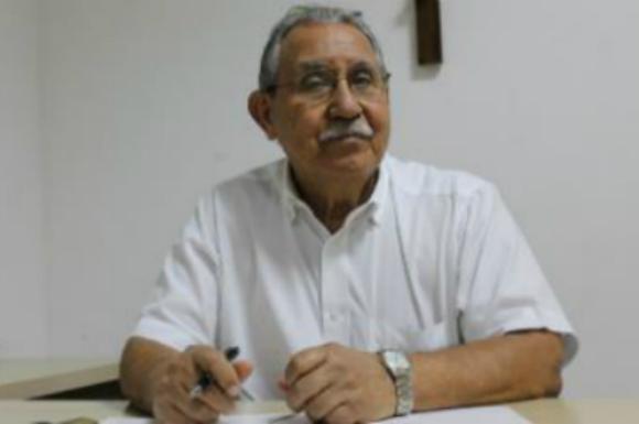 Presidente Ivan Brondi também esteve presente à coletiva (Foto: Léo Lemos/Náutico)