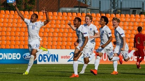 England u17 celebrate last year after beating Spain on penalties in the World Cup play-off | Photo: UEFA.com