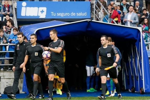 Pulido Santana también dirigió el Real Oviedo 0-1 AD Alcorcón de la 16/17. | Imagen: Real Oviedo.