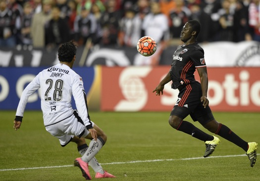 D.C. United midfielder Patrick Nyarko controlling the ball with his chest on Tuesday 1-1 draw against Querétaro F.C. Photo provided by Nick Wass-Associated Press.