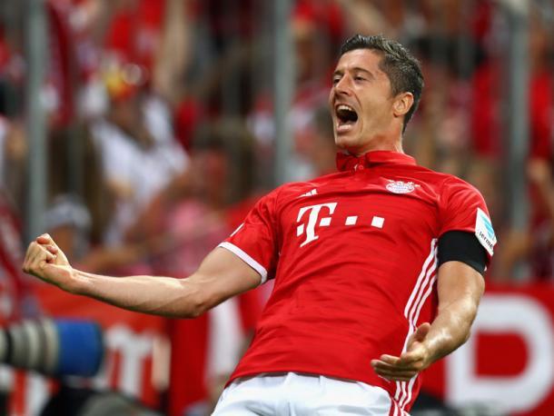 Lewandowski celebrates. | Image source: kicker - Getty Images