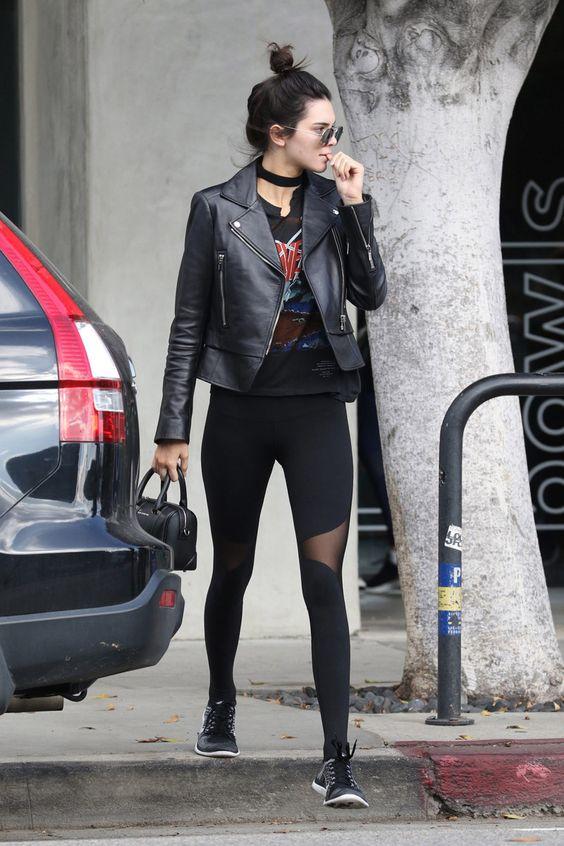 Kylie Jenner con chaqueta de cuero | Foto: Pinterest