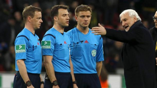 Völler also launched a barrage of words at the officials. | Image source: Eurosport