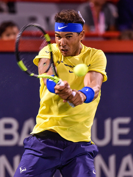 Rafael Nadal hits a backhand | Photo: Minas Panagiotakis/Getty Images North America