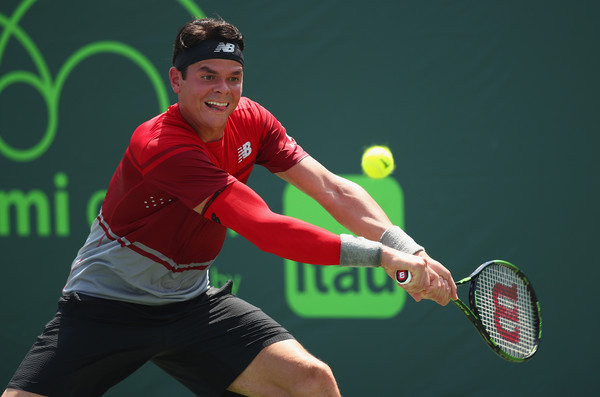 Milos Raonic stretches for a backhand against Kudla. Photo: Clive Brunskill/Getty Images
