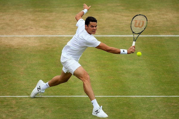 Raonic lunges for a volley during the Queen's Club final. Photo: Ben Hoskins/Getty Images