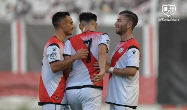 Álex Moreno celebrando un gol   Fotografía: Rayo Vallecano S.A.D.