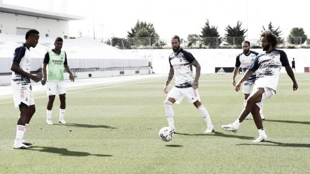Entrenamiento antes del partidillo contra el Getafe | Fuente: Twitter Real Madrid