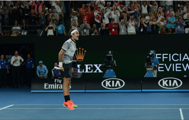 After Nadal unsuccessfully challenged Federer's sideline winner, the 35-year-old reacted to winning the title. Credit: Recep akar/Anadolu Agency/Getty Images)