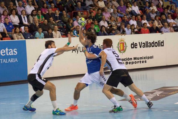 Imagen de la victoria vallisoletana por 30-23. Foto: Atlético Valladolid.