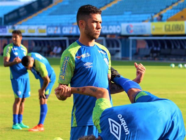Renato, que marcou no último confronto entre Avaí e Goiás, deve começar no banco do Leão (Foto: André P. Ribeiro/Avaí FC)