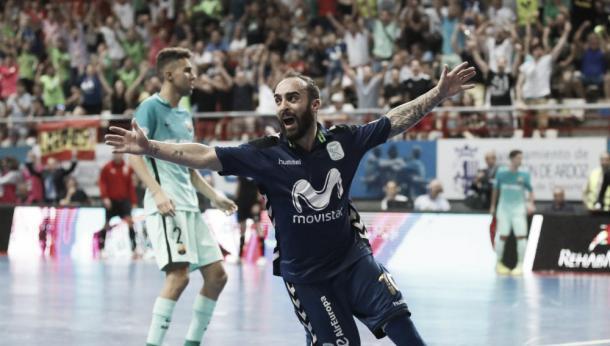 Ricardniho celebrando su gol de la victoria | Foto: InterMovistar