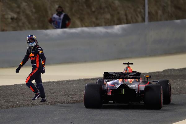 Ricciardo tras el abandono en Baréin | Foto: Getty Images Europe