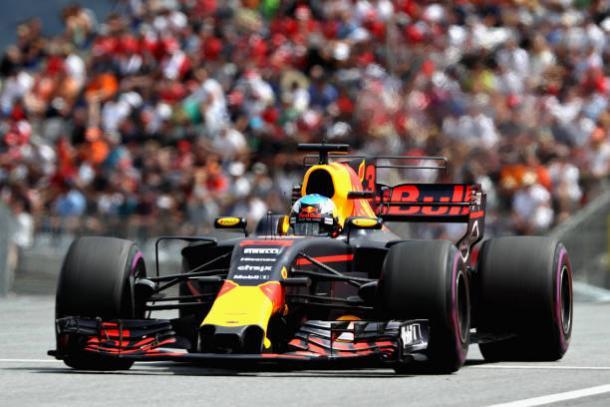 Assim como boa parte do grid, Ricciardo seguiu uma estratégia de uma parada (Foto: Mark Thompson/Getty Images)