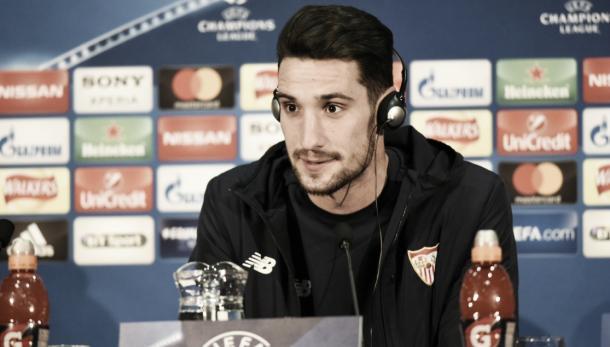 Sergio Rico en rueda de prensa. Foto: Sevilla.