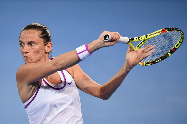 Vinci hitting a backhand slice at the 2016 Brisbane International | Photo: Matt Roberts/Getty Images AsiaPac