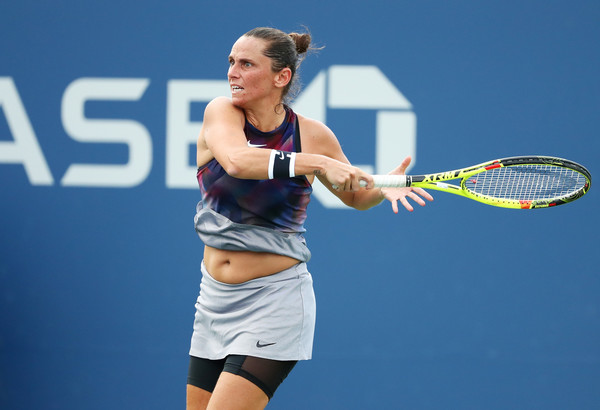 Roberta Vinci in action at the US Open, where she fell to eventual champion Sloane Stephens | Photo: Al Bello/Getty Images North America