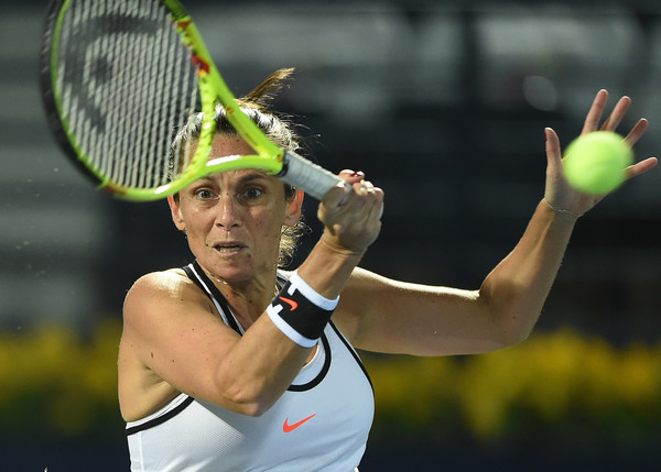 Roberta Vinci had a poor start to the match | Photo: Tom Dulat/Getty Images Europe