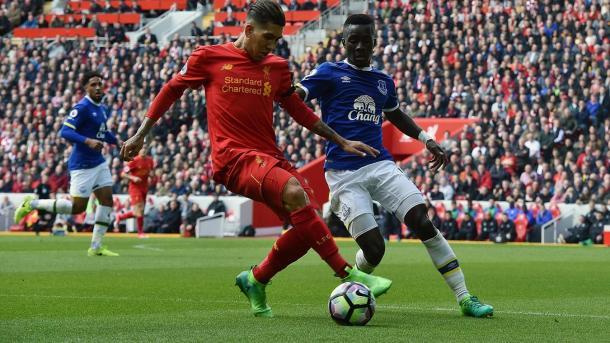 Los programadores deben garantizar que Liverpool y Everton no jueguen en casa en la misma fecha | Foto: PL.