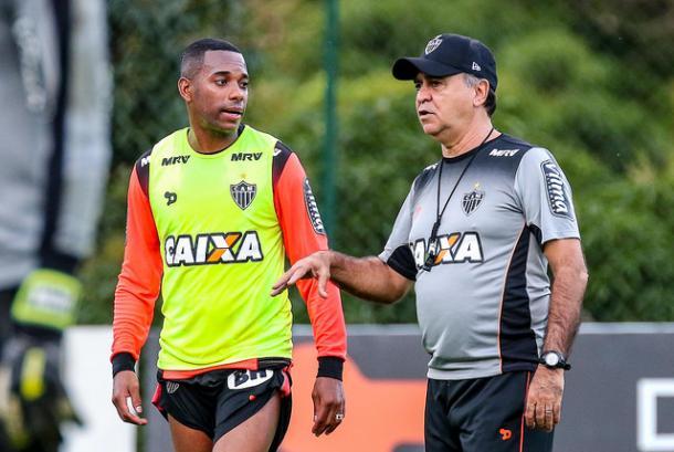 Robinho é arma de Marcelo Oliveira para enfrentar o Cruzeiro (Foto: Bruno Cantini/Atlético-MG)