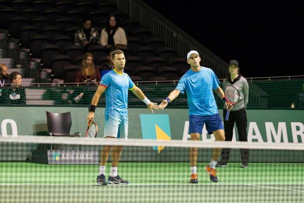 Rojer (left) and Tecau during their first round match (Photo: ABN AMRO World Tennis Tournament)