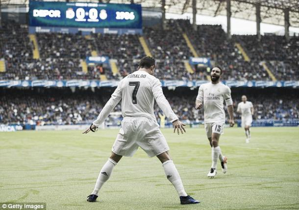 Above; Cristiano Ronaldo celebrating one of his two goals in the victory over Deportivo | Photo: Getty Images