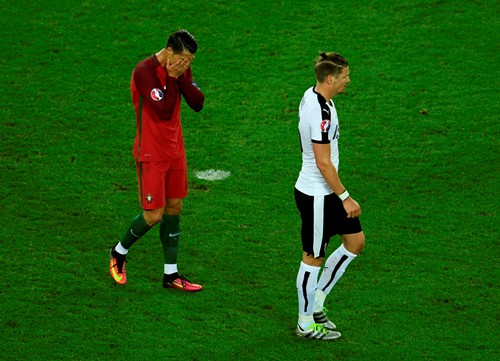 Ronaldo rues missed penalty. (Source: UEFA)