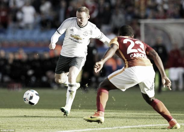 Wayne Rooney improved in the second half against Glatasary (Photo: Rueters)
