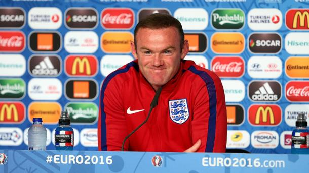 Wayne Rooney in conferenza stampa, thefa.com