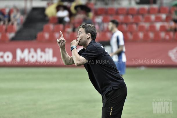 Rubi dirige al Espanyol   Foto: Tomas Rubia - VAVEL