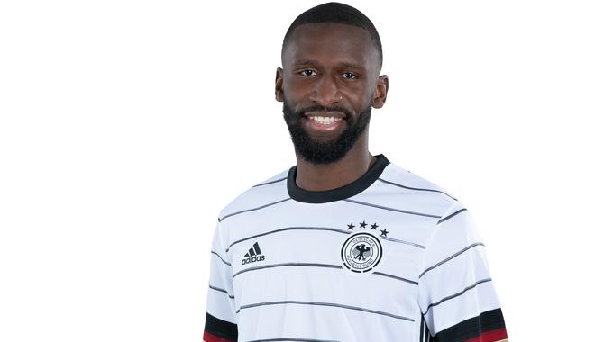 Rüdiger con la camiseta de Alemania. FUENTE: DFB