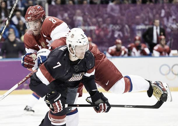 Martin con la selección estadounidense de hockey hielo en los JJOO de invierno 2014 | Foto: GettyImages
