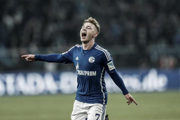 Meyer levels with a scorching strike. | Image: @S04