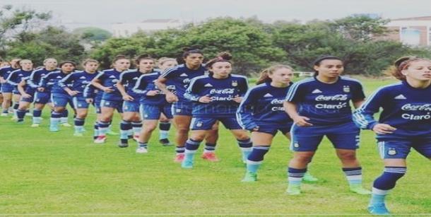 Entrenamiento de la Selección Argentina femenina de Fútbol | Fuente: Instagram personal de Camara