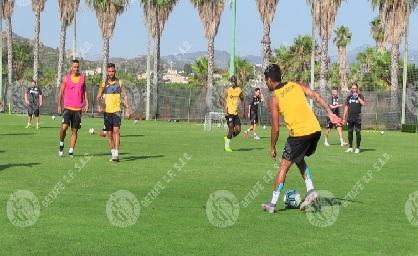 Los jugadores del Getafe entrenan en Oliva. Fuente: Getafe C.F.