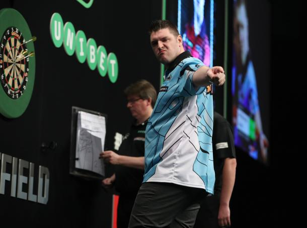 Daryl Gurney made sure that Raymond van Barneveld's poor run of form continued. (picture: PDC)