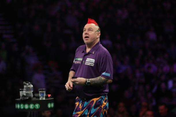 Peter Wright condemned Raymond van Barneveld to his second defeat of the night. (picture: Lawrence Lustig / PDC)