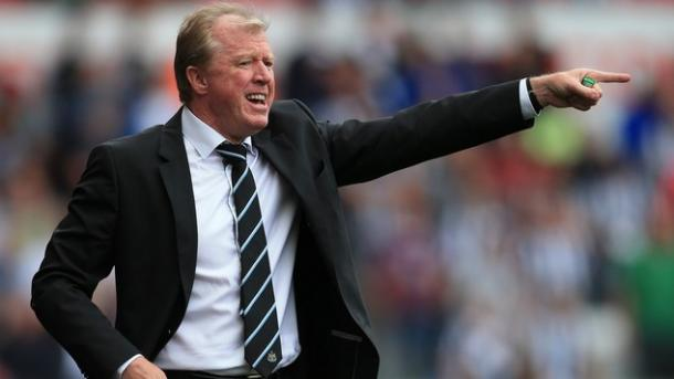 McClaren never got the approval of the Newcastle fans. | Image source: Daily Mail
