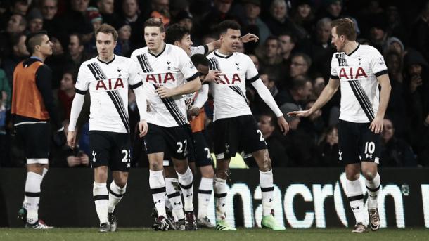 Jugadores del Tottenham celebrando un gol esta temporada. Foto: SkySports