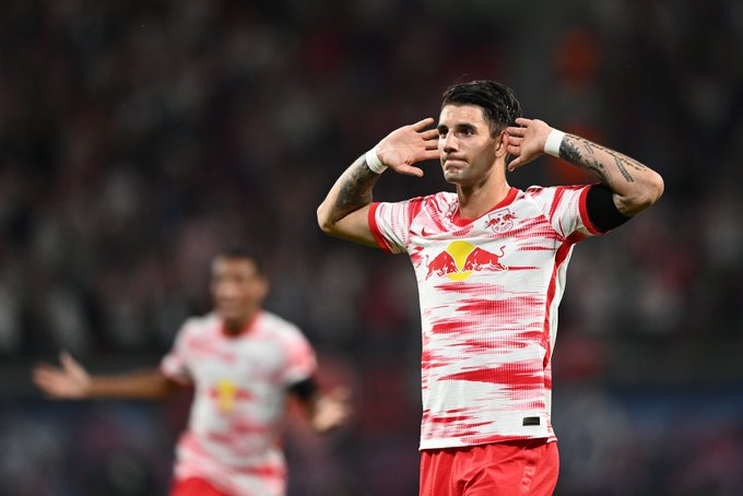 Imponente estreno goleador de Szoboszlai / FOTO: @DieRotenBullen