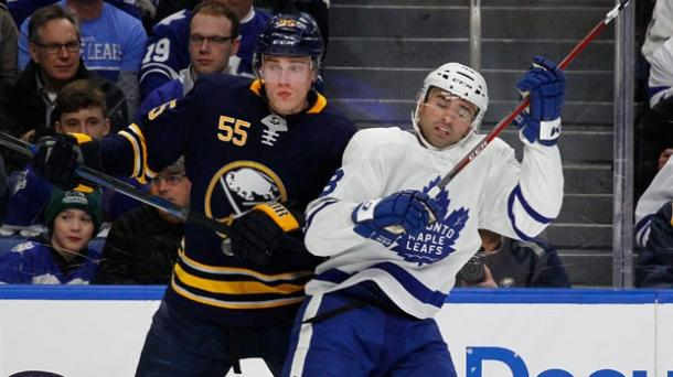 The Buffalo Sabres caught the Toronto Maple Leafs sleeping in this March 5, 2018 game. (AP Photo/Jeffrey T. Barnes)