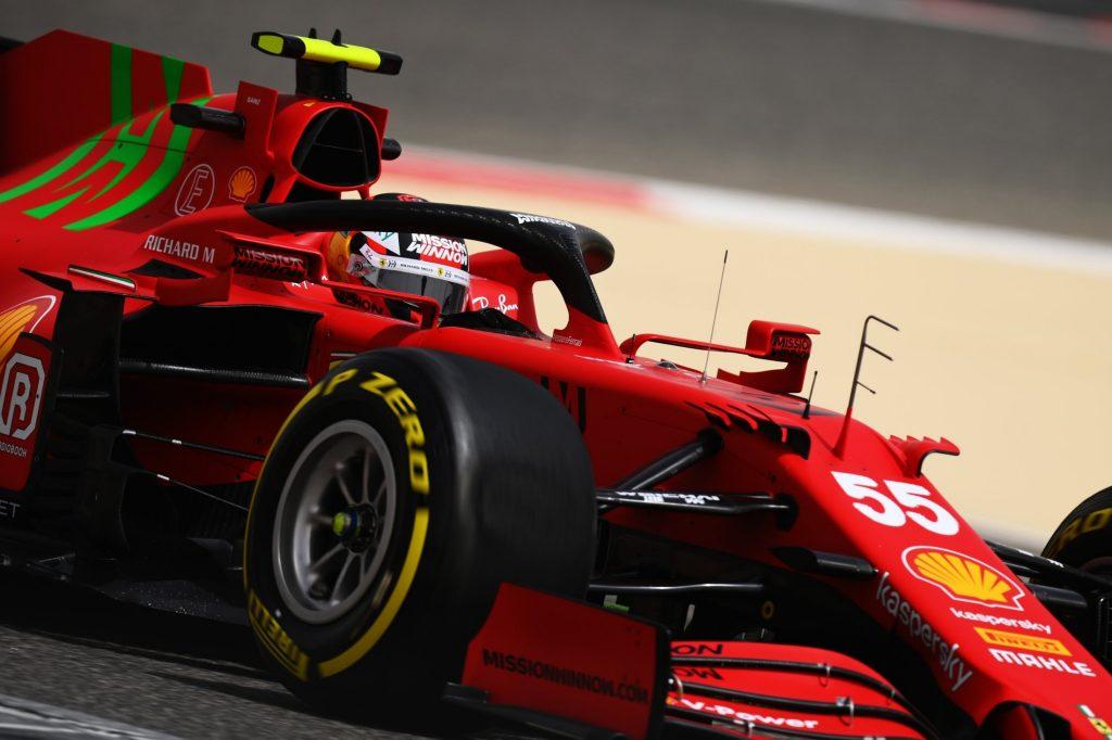 Carlos Sainz en una sesión con Ferrari. FUENTE: F1