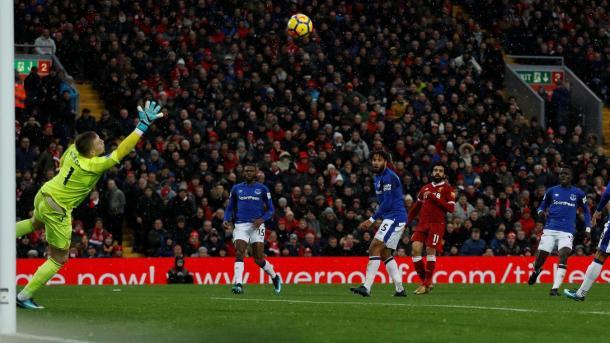 Salah en el 1-0. Foto: Premier League.