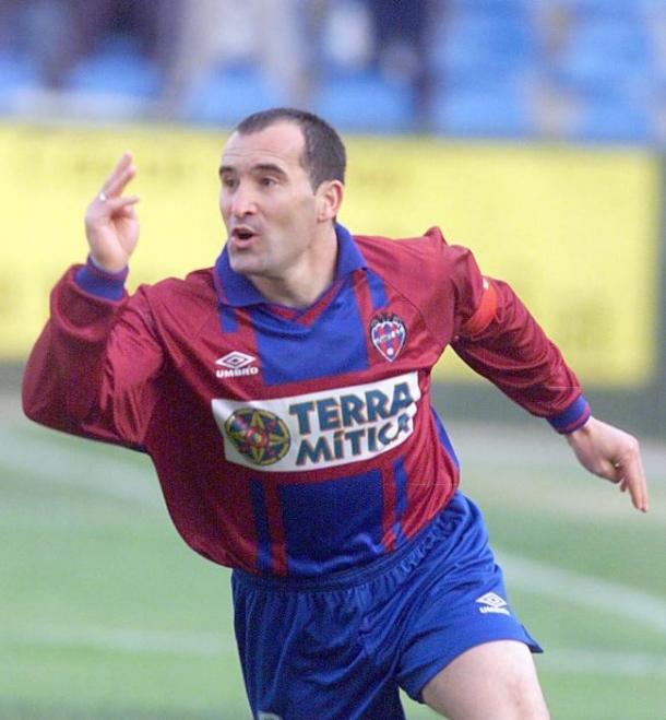 Paco Salillas, un delantero peculiar / Fuente: Levante Web Oficial