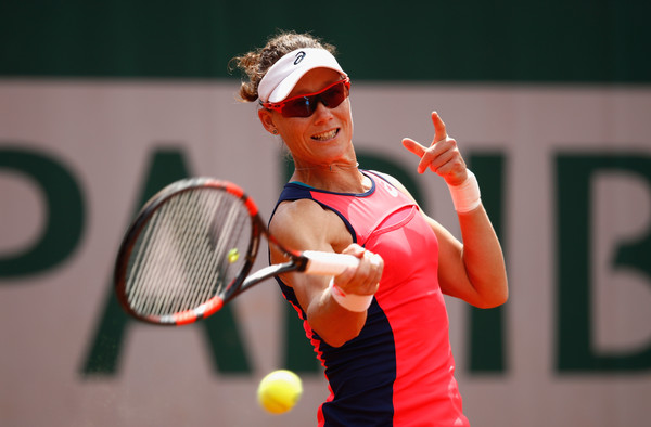 Samantha Stosur hits a forehand | Photo: Adam Pretty/Getty Images Europe