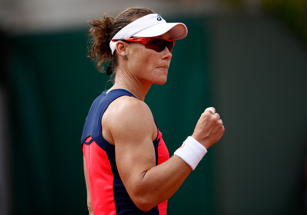 Samantha Stosur celebrates winning a point | Photo: Adam Pretty/Getty Images Europe