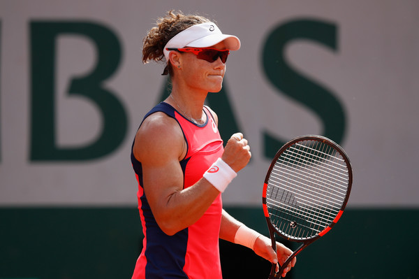 Samantha Stosur celebrates the win | Photo: Adam Pretty/Getty Images Europe