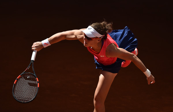 Samantha Stosur serves at the Mutua Madrid Open last week | Photo: Denis Doyle/Getty Images Europe