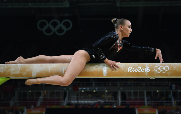 Sanne Wevers of the Netherlands competes in the balance beam during the individual event finals at the Olympics/Photo: Laurence Griffiths/Getty Images
